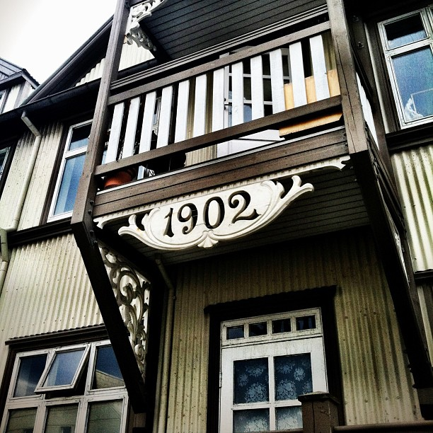 Random, cool, old house.